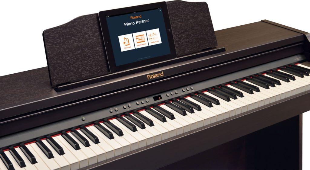 Dan Piano Roland