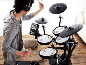Học trống jazz mang lại lợi ích gì cho người chơi