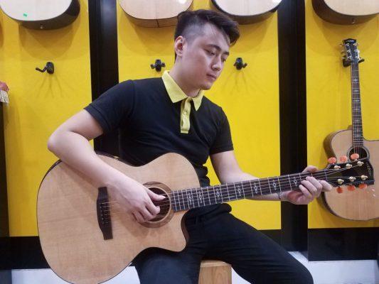 Chơi đàn guitar solo tốt hơn với 3 cách sau 2