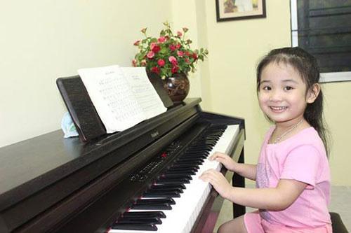 piano dien cho be